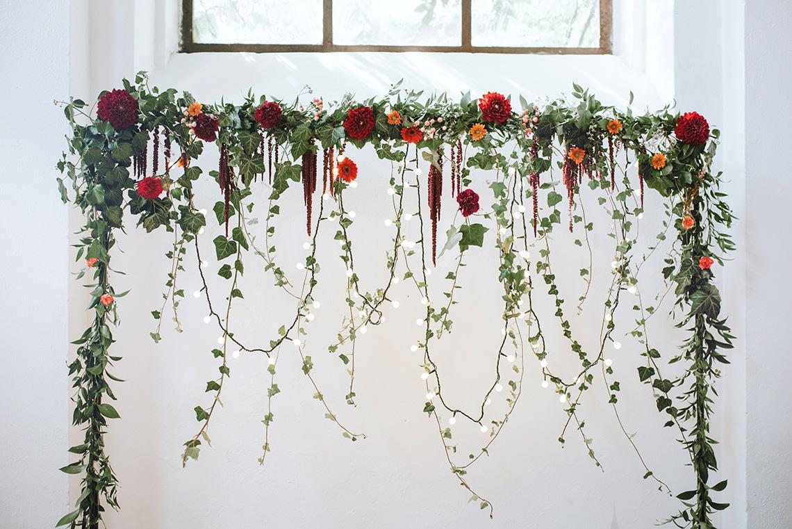 dekoracja weselna ścianka na Państwem Młodych