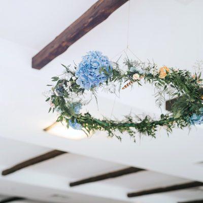 dekoracje wesela z wieńców