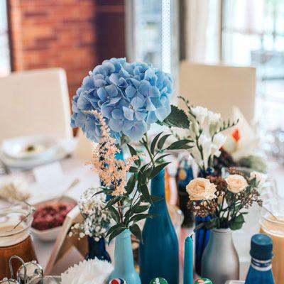 hortensje w dekoracjach weselnych