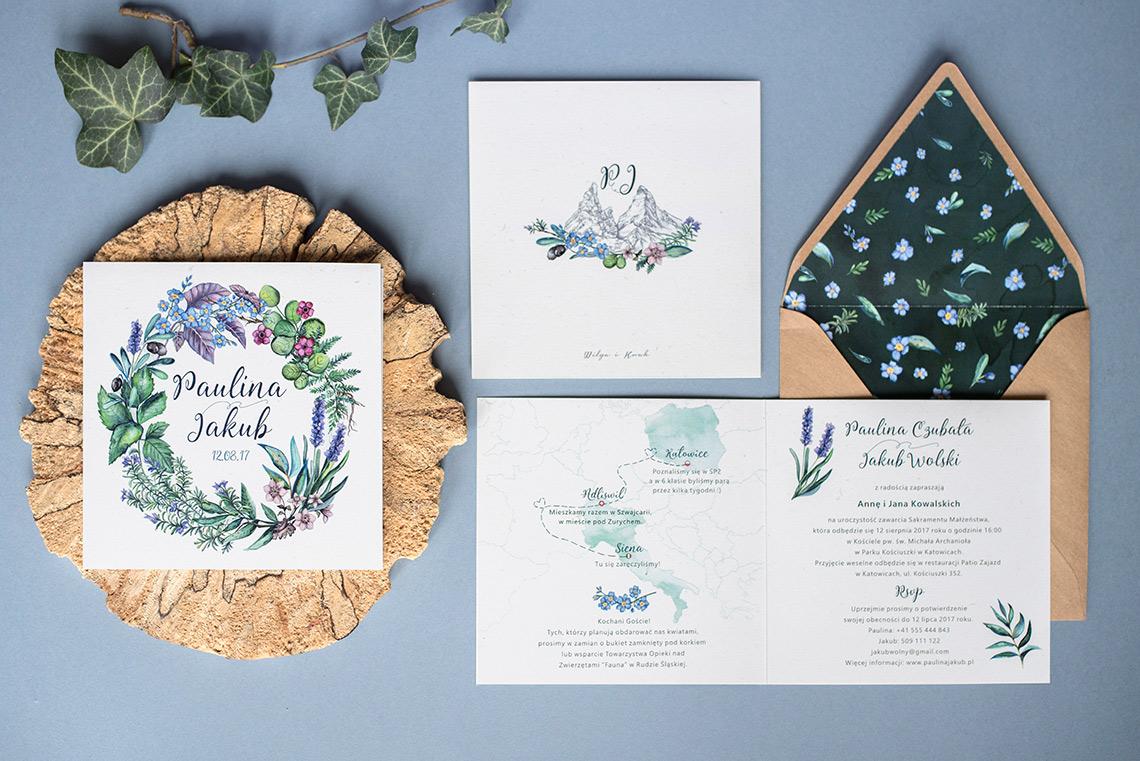 zestaw prezentujący zaproszenie z ziołowym wiankiem