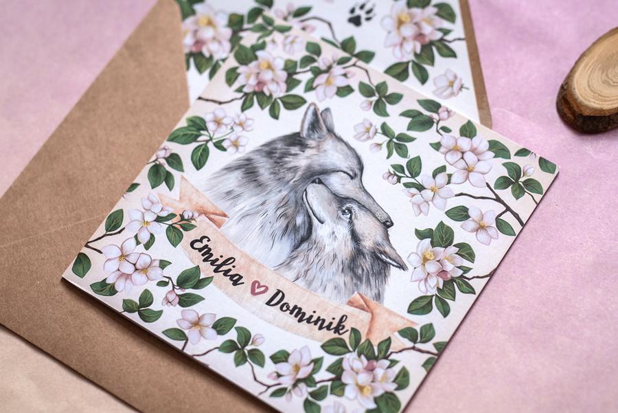 zaproszenie ślubne z wilkami i kwiatami jabłoni